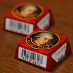 オーストリアのお菓子「モーツァルトクーゲル」を再現!チロルチョコモーツァルト