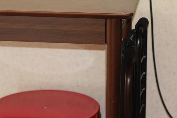コンパクト収納椅子