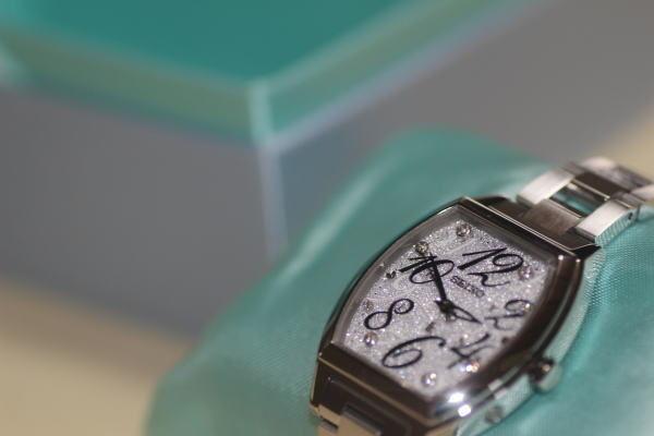 セイコー ルキア SEIKO LUKIA ソーラー 電波時計 レディース 腕時計 亘つぐみプロデュース サマー限定モデル SSVE077