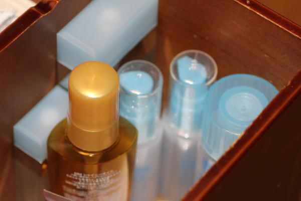 化粧水美容液