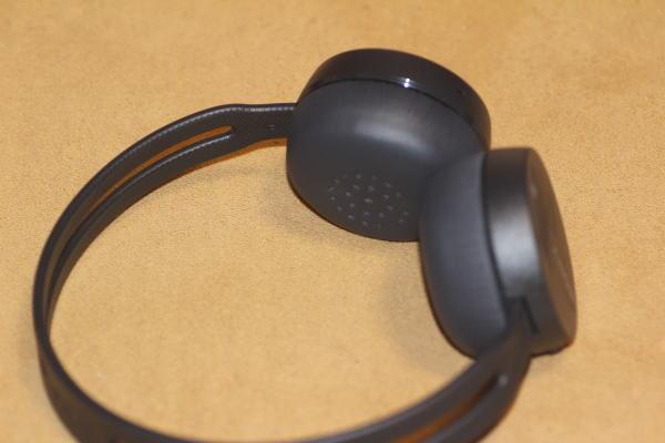 ソニー SONY ワイヤレスヘッドホン WH-CH400 : Bluetooth対応