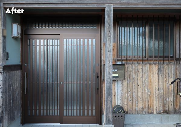 玄関引戸と浴室目隠しアフター写真